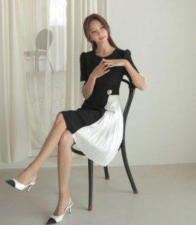 韓国ワンピース❤チラチラ見えるプリーツと袖のフリルがお洒落な上品お呼ばれドレスワンピ!