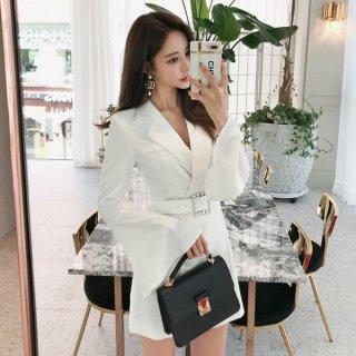 韓国ワンピース❤袖フレアが可愛いホワイト、ブラックのジャケット風ショートワンピース