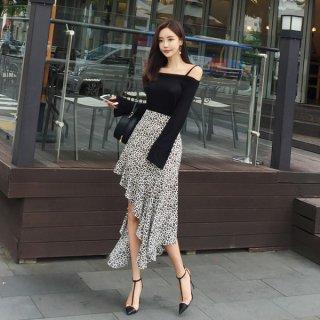 韓国ワンピース❤オフショルダー、アシンメトリースカートが可愛いツーピース