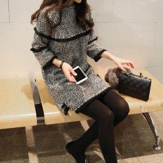 韓国即納有ワンピース❤袖と胸元のフリルとパールが個性的。秋冬に可愛いワンピース