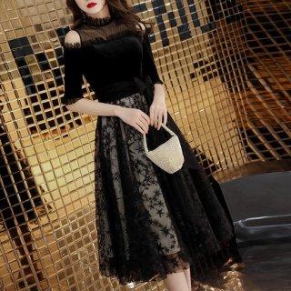 韓国ワンピース❤韓国ドレス 可愛いフリルとレースのショルダーに花のような星柄スカートのパーティードレスワンピ