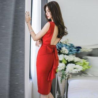 韓国ワンピース❤韓国ドレス バックコンシャスリボンと赤・黒がとってもセクシー大人可愛い。今日は勝負と言う日に…