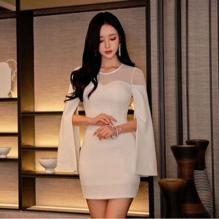韓国ワンピース❤袖にポンチョのようなお洒落デザイン有の個性派ドレス