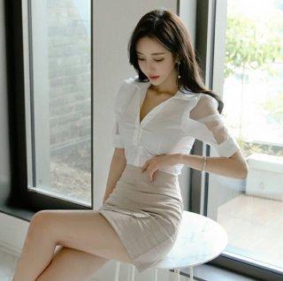 韓国ワンピース❤セットアップ 袖シースルーと不規則ミニスカートでカジュアルセクシーなツーピース