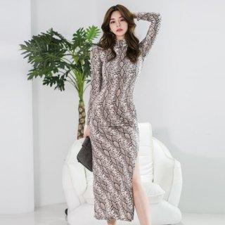 韓国ワンピース❤韓国パーティードレス パイソン柄のセクシーなロングドレス