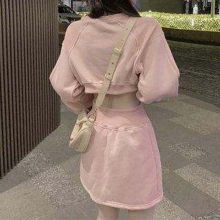 韓国ワンピース❤後ろ姿がとっても可愛いバックコンシャスワンピース 962812
