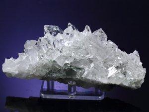 マニハール産ヒマラヤ水晶クラスター