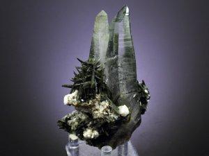ガネーシュヒマール産ヒマラヤ水晶クラスター