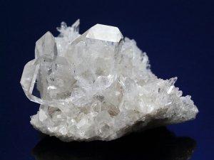 マカルー産ヒマラヤ水晶クラスター