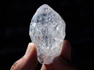サインジ産ヒマラヤ水晶ポイント