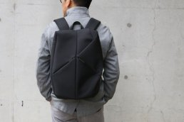 <img class='new_mark_img1' src='https://img.shop-pro.jp/img/new/icons8.gif' style='border:none;display:inline;margin:0px;padding:0px;width:auto;' />STONE BACKPACK