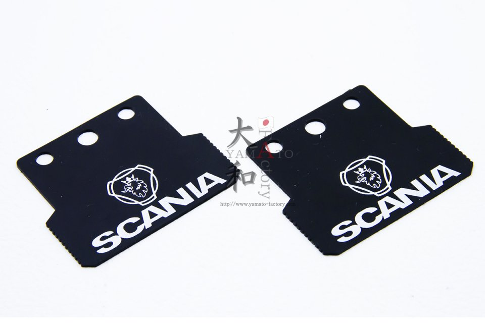 SCANIA用 ロゴ入りマッドフラップ<img class='new_mark_img2' src='https://img.shop-pro.jp/img/new/icons1.gif' style='border:none;display:inline;margin:0px;padding:0px;width:auto;' />