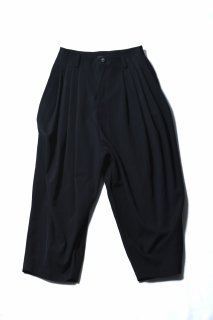Wool Gabardine 10 Tuck Pants black