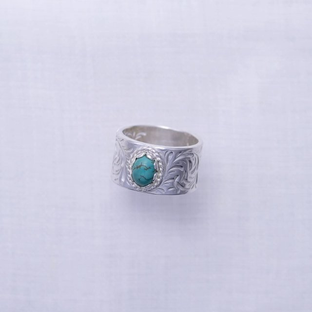 KARAKUSA Ring L with Turquoise 6*8