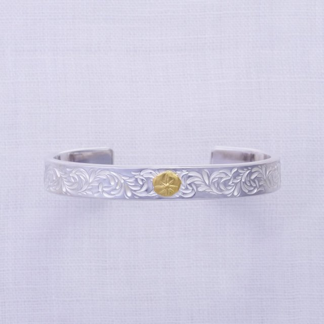 KARAKUSA Bangle 10mm width with Gold Point L