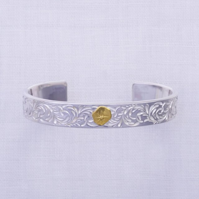 KARAKUSA Bangle 12mm width with Gold Point L