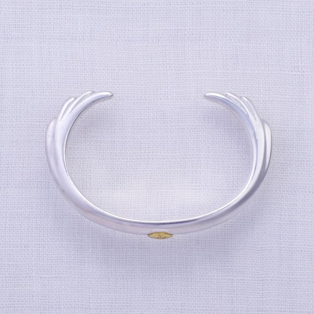 Wing Bangle with Gold Point L