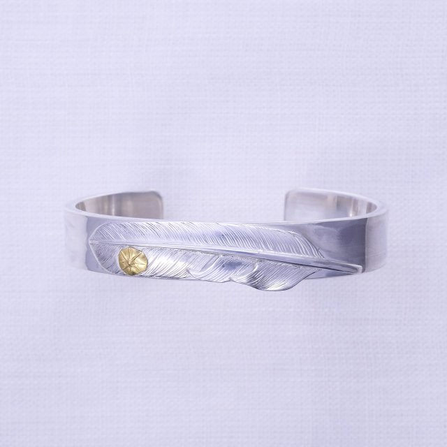 Plain Bangle 12mm width with Fether Gold point