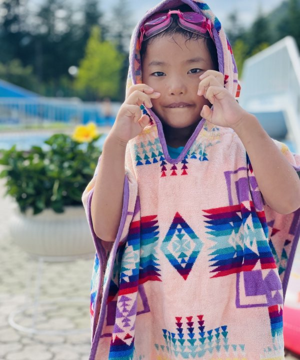 <img class='new_mark_img1' src='//img.shop-pro.jp/img/new/icons1.gif' style='border:none;display:inline;margin:0px;padding:0px;width:auto;' />JACQUARD HOODED TOWEL 24 X 24/PINK 【PENDLETON OFFICIAL】