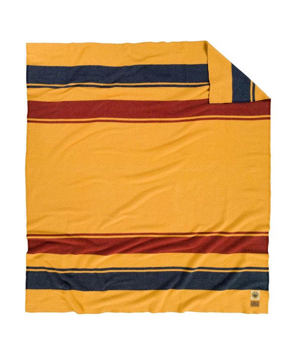 <img class='new_mark_img1' src='//img.shop-pro.jp/img/new/icons1.gif' style='border:none;display:inline;margin:0px;padding:0px;width:auto;' />NATIONAL PARK FL BED BLANKET/YELLOWSTONE MARIGOLD 【PENDLETON OFFICIAL】