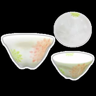 桜型湯呑み(菊)