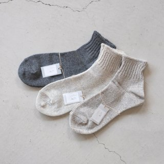 <img class='new_mark_img1' src='//img.shop-pro.jp/img/new/icons5.gif' style='border:none;display:inline;margin:0px;padding:0px;width:auto;' />evam eva  recycled cotton short socks V181Z928