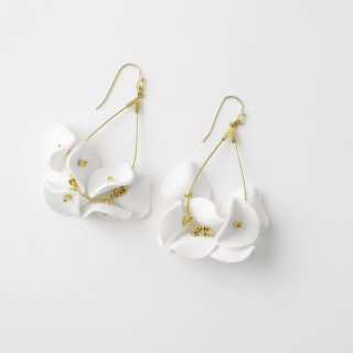 MION JEWELRY white flowers