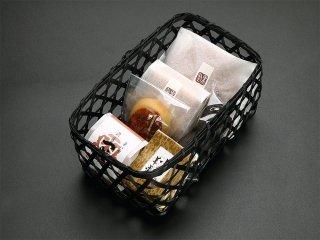 和菓子詰合せ 1,793円[税込]「定番六品 華子籠」