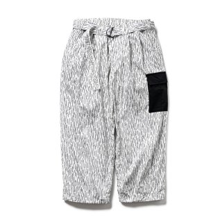 <img class='new_mark_img1' src='https://img.shop-pro.jp/img/new/icons1.gif' style='border:none;display:inline;margin:0px;padding:0px;width:auto;' />RAIN CAMO BAGGY PANTS
