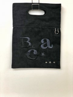 Blacklutch bag 黒の魅力