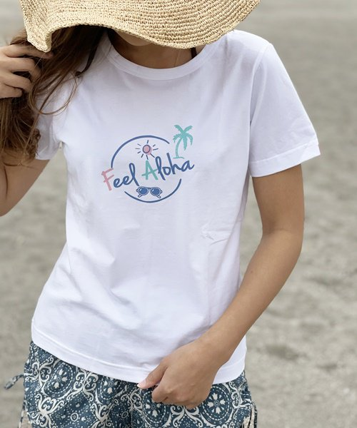 <img class='new_mark_img1' src='//img.shop-pro.jp/img/new/icons14.gif' style='border:none;display:inline;margin:0px;padding:0px;width:auto;' />【LADIES】ラウンド FEEL ALOHA Tシャツ