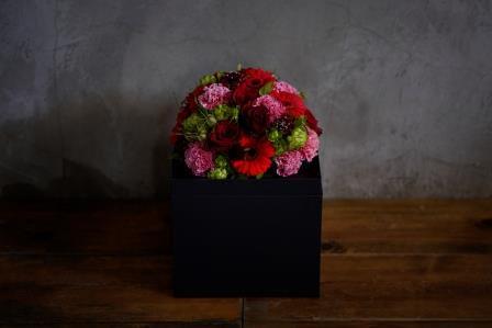 WAKU2[KURO]red flower