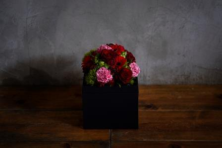 <母の日限定商品※>Container【kuro×red】 M