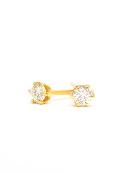 K18 6本爪ダイヤモンドピアス