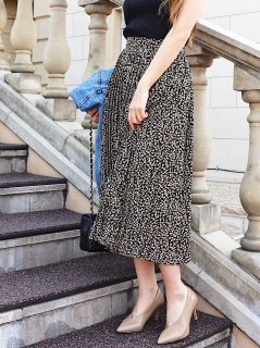 Leopard Flower PatternプリーツMidiスカート