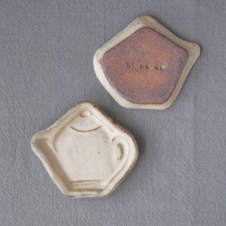 zakka・ティーポット豆小皿-アイボリー