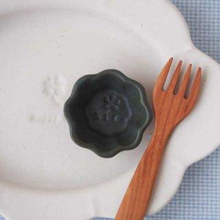 マカロンモスグリーン・輪花豆小皿