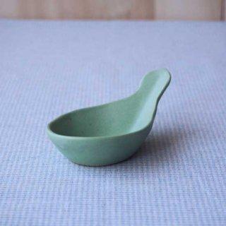 マカロンミントグリーン・れんげ豆小鉢