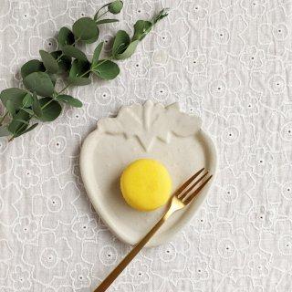 マカロンミルキーホワイト・いちご皿
