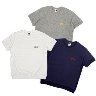 <img class='new_mark_img1' src='//img.shop-pro.jp/img/new/icons50.gif' style='border:none;display:inline;margin:0px;padding:0px;width:auto;' />MOFFUNNYO NAME LOGO S/S SWEAT TEE