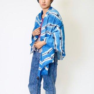 コットン 薄手大判ストール  藍 - 竹いらかくさじま/ 手描き染