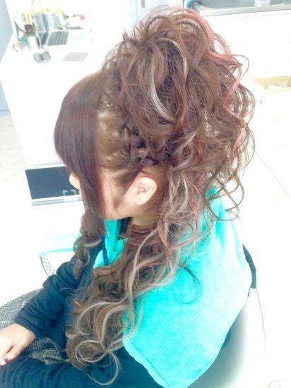 盛り髪ヘアセット