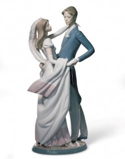 リヤドロ 人形  『ウェディングダンス  01001528 I LOVE YOU TRULY』