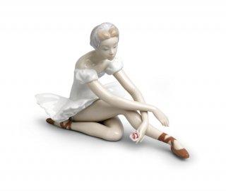 リヤドロ 人形  『ローズバレー  01005919 ROSE BALLET』