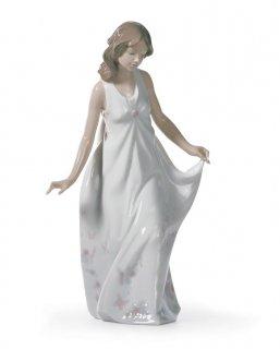 リヤドロ 人形  『素敵なママ  01006975 WONDERFUL MOTHER』