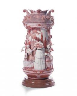 リヤドロ 人形  『淑女の庭(花瓶・レッド・RE-DECO)  01007032 LADIES IN THE GARDEN VASE-RED (RE-DECO)』