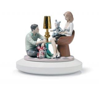 リヤドロ 人形  『物語の始まり 台座付  01007255 THE FAMILY PORTRAIT 』