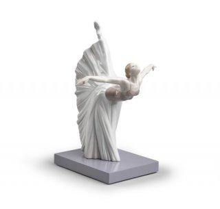 リヤドロ 人形  『ジゼルのロマンス  01008475 GISELLE ARABESQUE』
