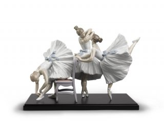 リヤドロ 人形  『バレエの華たち  01008476 BACKSTAGE BALLET』