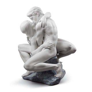 リヤドロ 人形  『情熱の愛  01008727 PASSIONATE KISS (WHITE)』